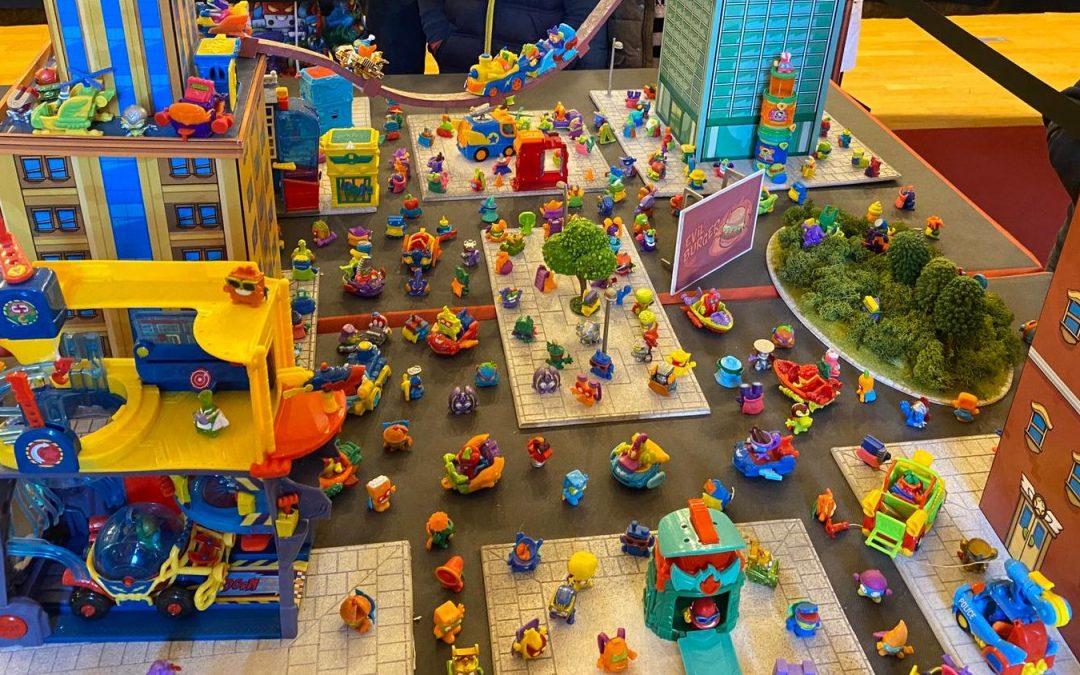 Todos los juguetes de todas las series de los SuperZings o SuperThings en un único lugar